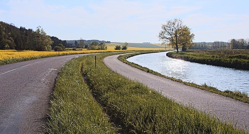 Inwestycje, Przybywa ścieżek rowerowych - zdjęcie, fotografia