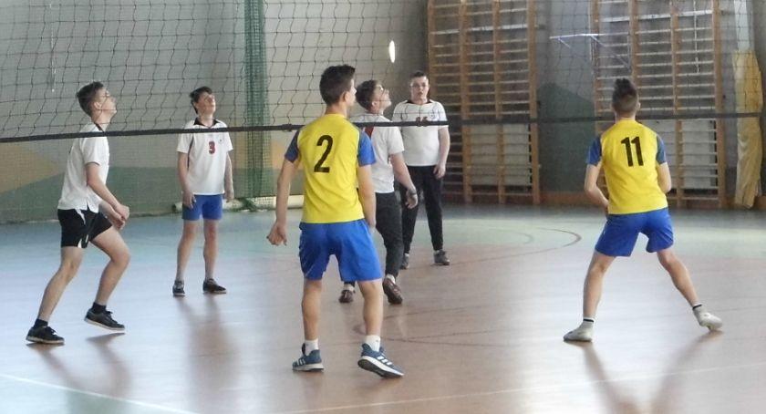 Siatkówka, Zmagania siatką - zdjęcie, fotografia