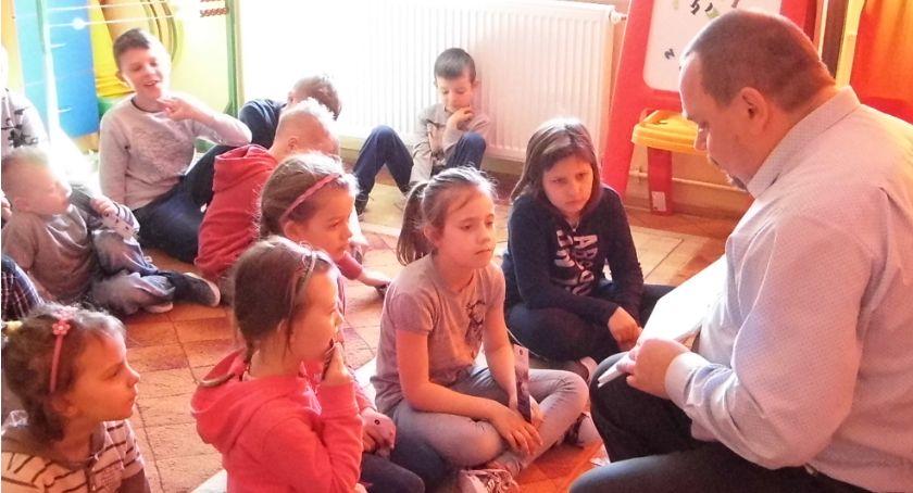 Biblioteki, Świętowała książka dziecięca - zdjęcie, fotografia