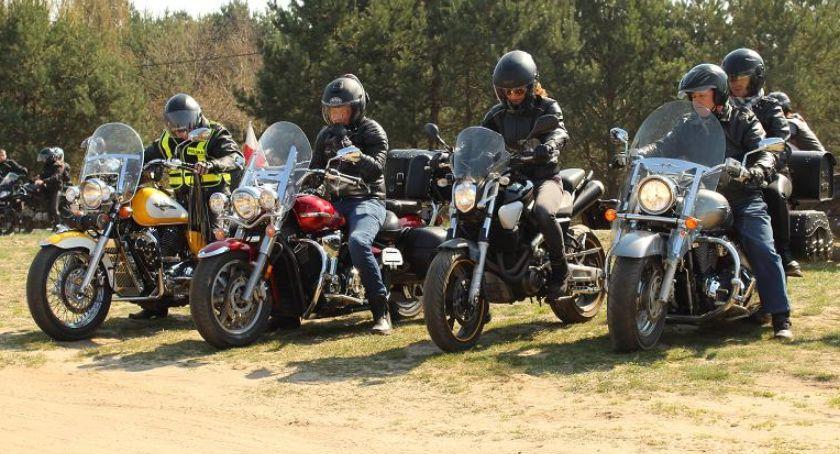 Wydarzenia lokalne, Motocykliści pożegnali zimę - zdjęcie, fotografia