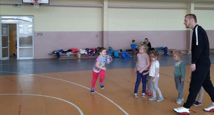 Rekreacja, Przedszkolny dzień sportu - zdjęcie, fotografia