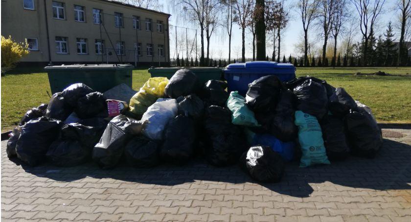 Wydarzenia lokalne, Wysprzątali Wichowo - zdjęcie, fotografia