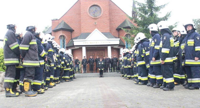 Stowarzyszenia i organizacje, Doceniają strażaków - zdjęcie, fotografia