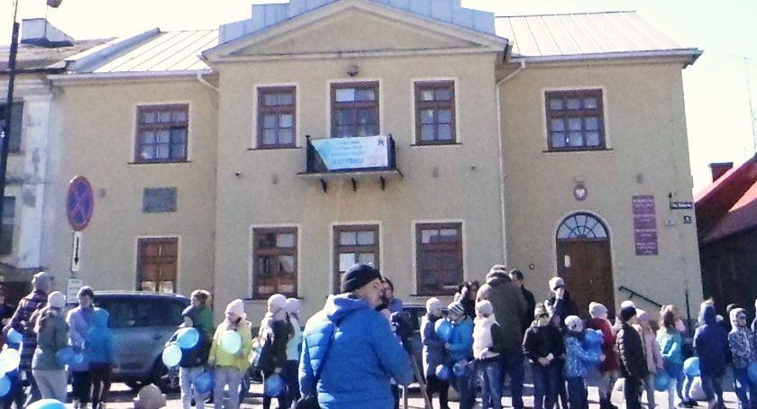 Samorządy Gminne, Mieszkańcy chcą świętować - zdjęcie, fotografia