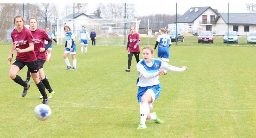 Piłka nożna, Zakończenie sezonu szóstkę - zdjęcie, fotografia