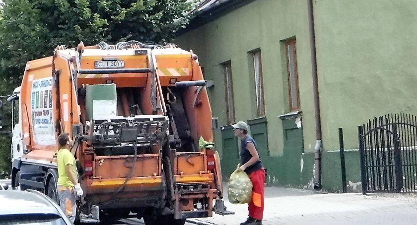 Rada miejska, Dużo drożej śmieci - zdjęcie, fotografia