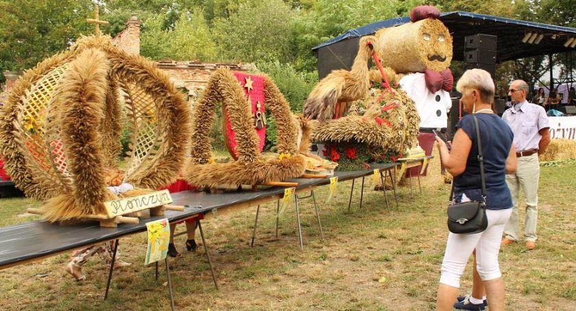 Imprezy, Rolnicy świętowali - zdjęcie, fotografia