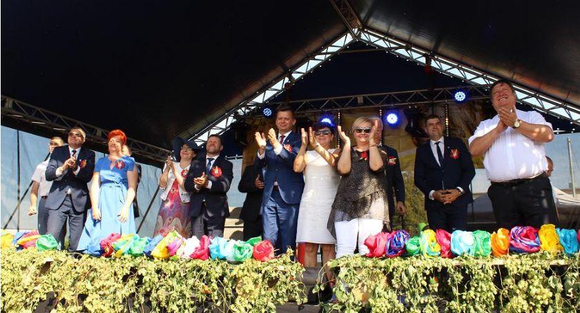 Imprezy, bawili rolnicy - zdjęcie, fotografia