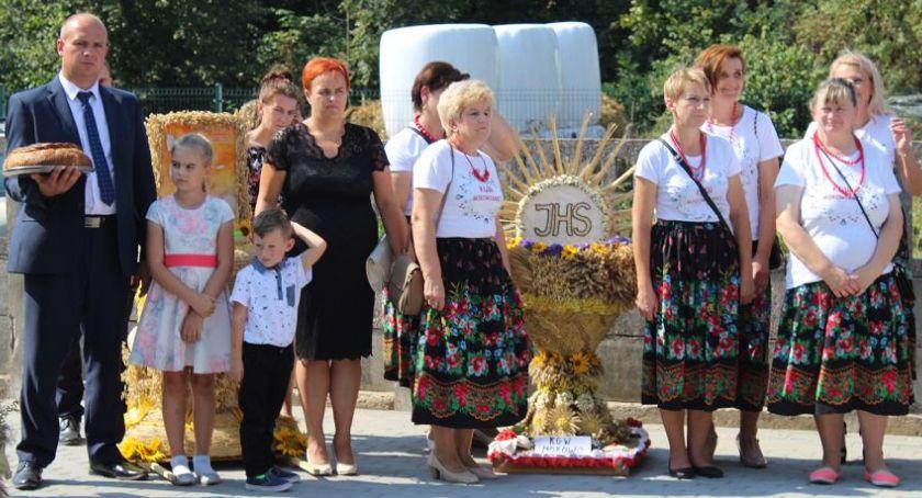 Wydarzenia lokalne, Dożynki parafialne Mokowie [zdjęcia] - zdjęcie, fotografia