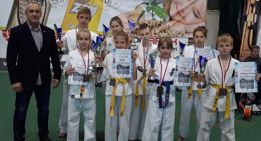 Sztuki walki, Dobry początek sezonu karateków Lipna - zdjęcie, fotografia