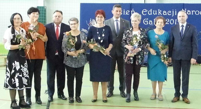 Wydarzenia lokalne, Medale uczniów Bobrownikach - zdjęcie, fotografia