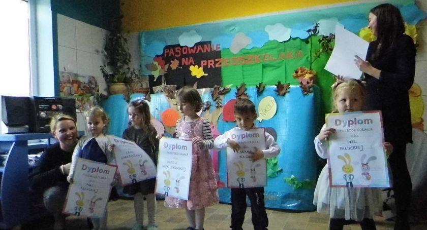 Edukacja, Koncertowe pasowanie - zdjęcie, fotografia