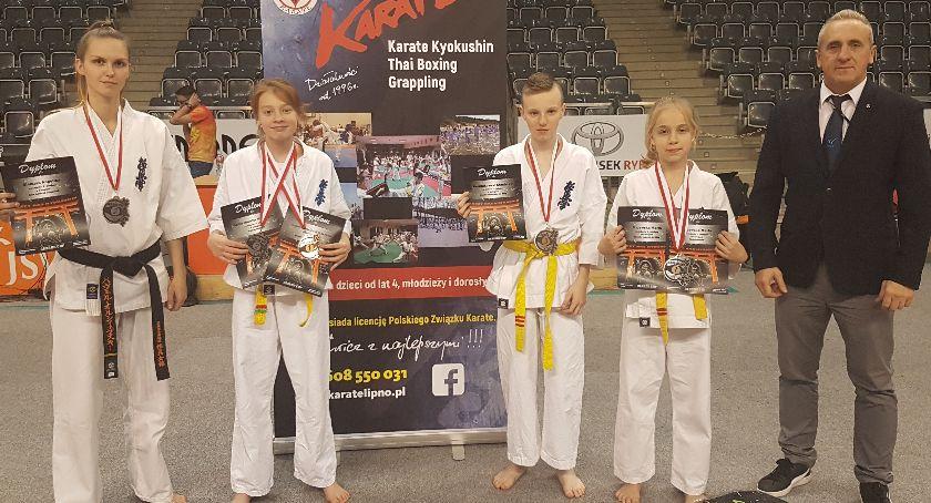 Sztuki walki, medali karateków Lipna - zdjęcie, fotografia