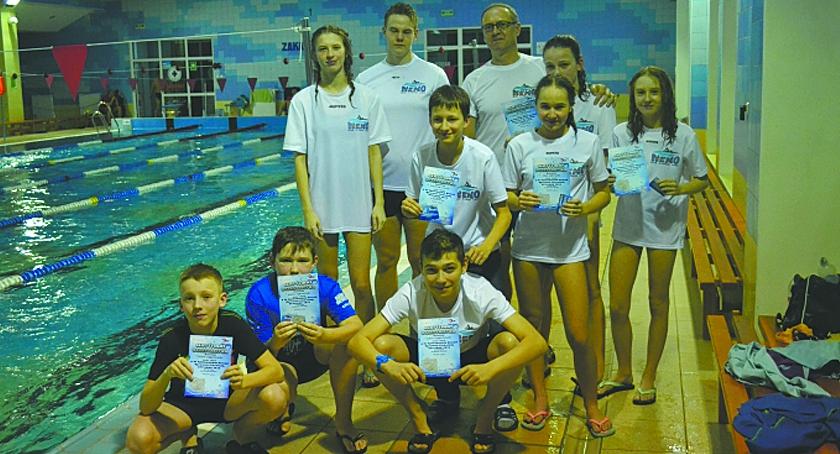Sporty wodne, Uczestnicy Otyliady przepłynęli - zdjęcie, fotografia