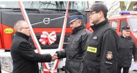 Strażacy z OSP Dobrzyń mają nowy wóz