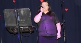 Śpiewająco dla pań w Dobrzyniu