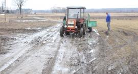 W gminie Wielgie walczą o lepsze drogi