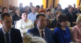 Przeciwnicy chlewni w Piasecznie złożyli petycję