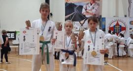 Trójka z 4 medalami