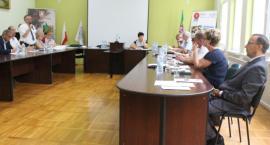 Radni w Dobrzyniu nad Wisłą wyszli w trakcie sesji