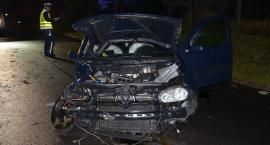 47-latek wypadł z auta. Śmierć na miejscu