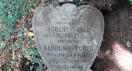 Ocalalili dwa cmentarze