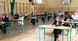 Gimnazjaliści zdają egzaminy