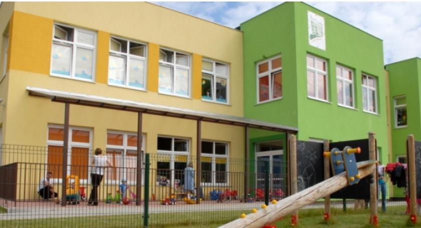 Szkoły, żłobek Bemowie - zdjęcie, fotografia