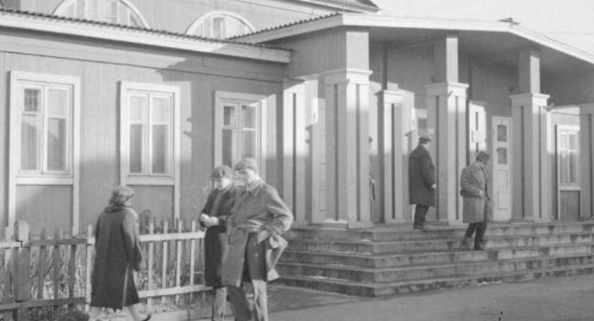 """Historia, Życie """"Przyjaźni"""" Robotnicy radzieccy Bemowie - zdjęcie, fotografia"""