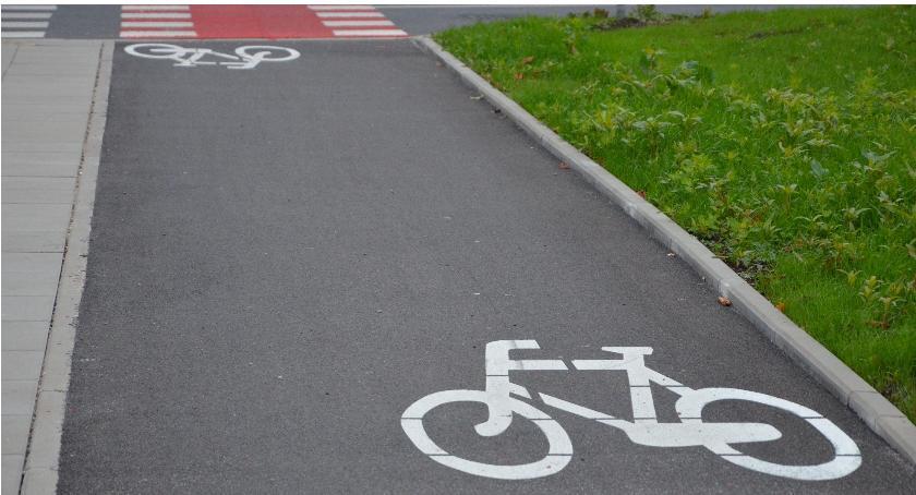 Inwestycje, Ścieżka rowerowa wzdłuż ulicy Kaliskiego - zdjęcie, fotografia