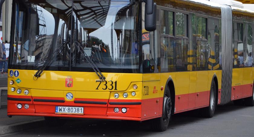 Komunikacja, Linia autobusowa zmienia trasę - zdjęcie, fotografia