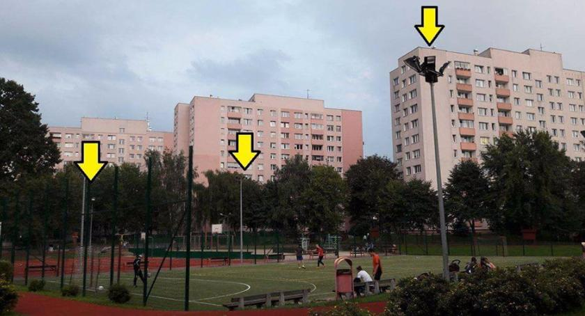 sport, Mieszkańcy chcą korzystać wieczorami boiska - zdjęcie, fotografia