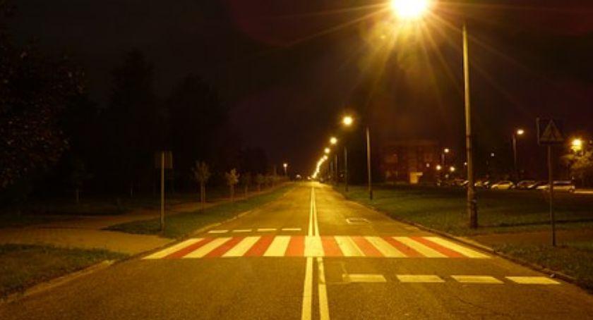 Bezpieczeństwo, Doświetlenia przejść pieszych - zdjęcie, fotografia