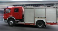 Spłonęły dwa auta zaparkowane przy ul. Księcia Bolesława 5