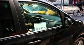 Uber rozdaje karty