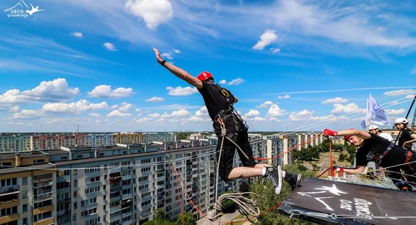 Inne dyscypliny, Finał WOŚP Bielanach będą skakać piętra - zdjęcie, fotografia