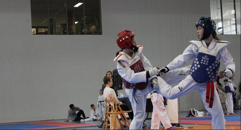 Inne dyscypliny, Pokaz taekwondo - zdjęcie, fotografia