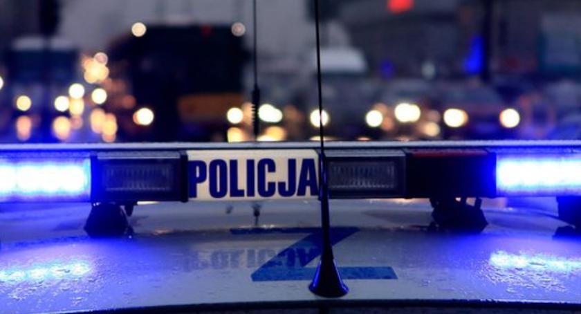 Bezpieczeństwo, Uwaga! Fałszywy policjant znowu akcji - zdjęcie, fotografia