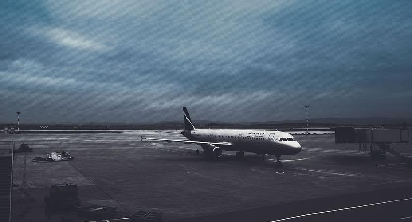 Wiadomości, Bielany przeciwko hałasowi lotniska - zdjęcie, fotografia