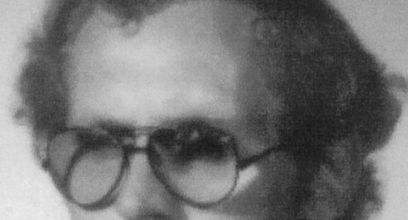 Zdjęcie zaginionego mężczyzny, przedstawiające jego wygląd sprzed paru lat.