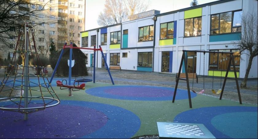 Handel i usługi, Przedszkola modułowe Bielanach - zdjęcie, fotografia