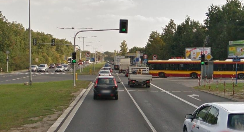 Ulice i place, Pułkowa zmora kierowców niewielkie zmiany przyszłym - zdjęcie, fotografia