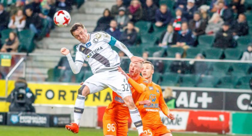 Piłka nożna, Legia przełamała passę - zdjęcie, fotografia