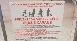 Warszawiaku, uważaj na bramki w metrze!