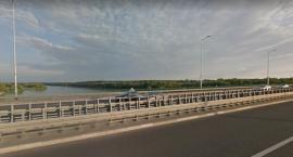 Straciła pamięć i zatrzymywała samochody na moście Skłodowskiej