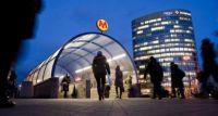 W weekend utrudnienia przy wejściach na stacje metra