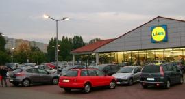 Parkowanie przy Lidlu na Młocinach - pobierz bilet!