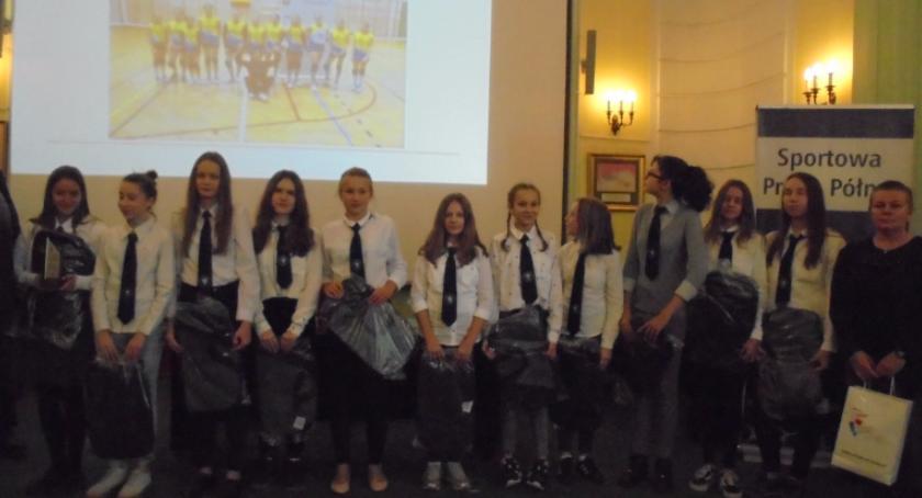 Szkoły, Warszawska Olimpiada Młodzieży Dzielnicy Praga Północ - zdjęcie, fotografia
