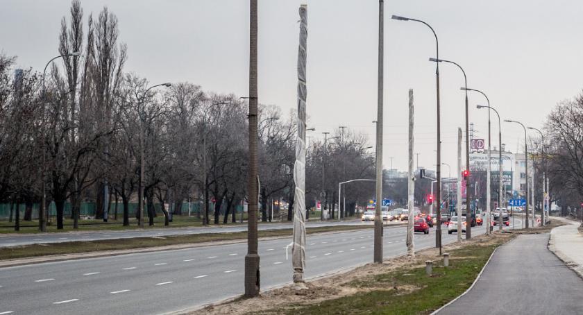 Inwestycje, Coraz bliżej nowego oświetlenia wzdłuż Jagiellońskiej - zdjęcie, fotografia