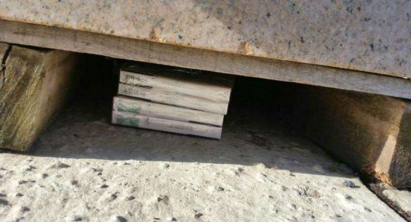 Bezpieczeństwo, Kolejny handlarz papierosów złapany Targowej - zdjęcie, fotografia